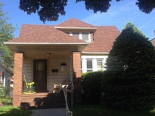 Cozy and Adorable Bungalow in Milwaukee's Riverwest; great location!