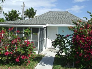 Beautiful Beach Villa with a Screened in Porch   2BR / 2 BA