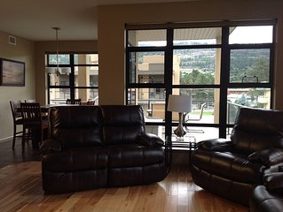 Beautiful Top Floor 2 Bedroom Condo