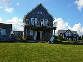 Oceanview Beach Cottage and Bunkie