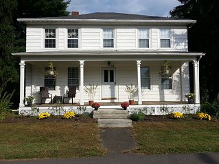 LOVELY THREE ROOM APARTMENT FOR YOUR STAY IN THIS GREAT COLLEGE TOWN OF AMHERST!