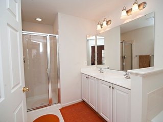 Large Townhome In The Heart Of Charlottesville!
