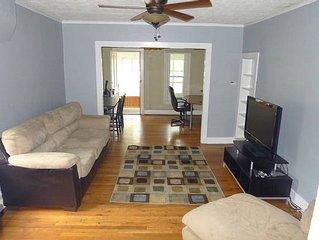 Prime location, 2-bd furnished rental