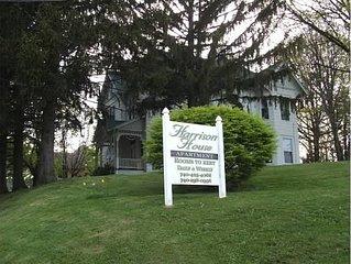 1870 Victorian Home in the Village of Barnesville