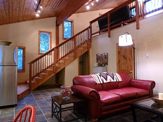 Luxury Loft - Your Secluded Forest Retreat Awaits!
