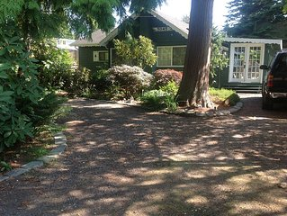 Beautiful Birch Bay Cottage just Steps from the Beach!