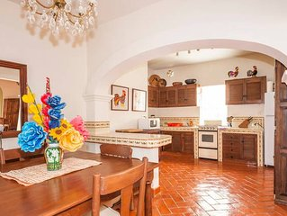 *BEST RATE* - 2BD Apartment in the heart of Centr