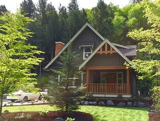 Gorgeous New Cottage at Cultus Lake