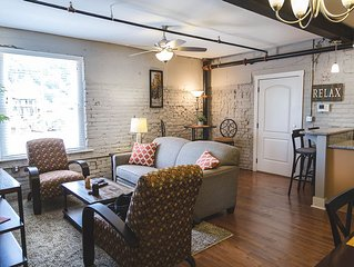 Beautiful Loft in premier location in Downtown Lynchburg!  Food, Park and river!