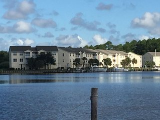 2-bedroom Harbor Landing Condo On the Marina