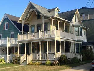 6 BR Historic Gingerbread Victorian. 1 Block From the Beach!