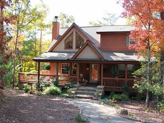 Cabin Helen, GA Mountain Cottage on the 7th Fairway - sleeps 6