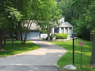 Beautiful Lake House on Sugar Loaf