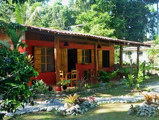 Casa Vida Loca a tropical gem. Close to the beach. Child friendly.