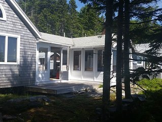 Coastal Island Retreat -   Privacy and Convenience. Boat rental available.