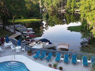 Breathtaking Scenic River, Boat Slip, Pool, Hot Tub, Nearby Golf & Comfy Lodging