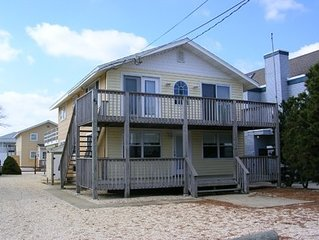 SURF CITY, NJ LBI.  STEPS FROM PRISTINE BEACH. FAMILY FRIENDLY, MANY AMENITIES
