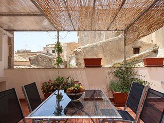 Noto, Beautiful Small House With Large Terrace In Historic Center