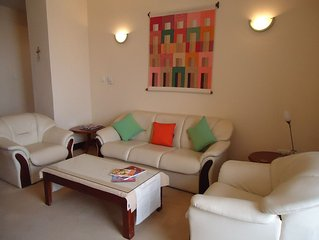 Luxury 2 Bedroom Apt., Crescat Residencies, Colombo 3, Sri Lanka.