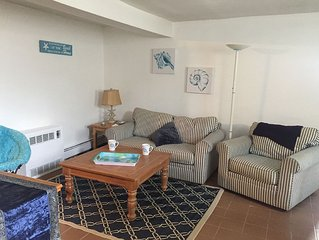 Beach front Inlaw apartment - Just steps away from Nantasket beach
