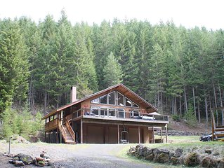 Beautiful Mountain Home Set In 5.5 Acres Of Gated Private Woodland!