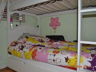 3 Bedroom 2 Bath home in quaint family friendly neighborhood