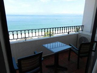 Beautiful Two Bedroom Beachfront, Oceanview Condo In The Heart Of Old Town Pv