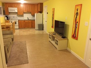 Short Term Rental -  Black Mountain, New 1 Bdm + Mud Room Bright Basement Suite