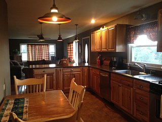 New!!! Cozy Ranch, Private Yet Convenient To Oneonta/cooperstown. Amazing Views!