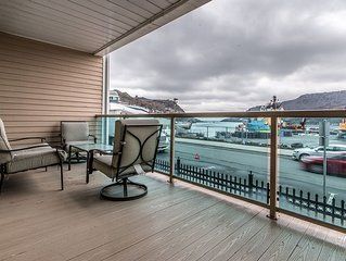 Luxury 1st Floor Waterfront Condo