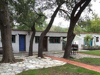 Casa Lejana of helotes - (Casita 2)