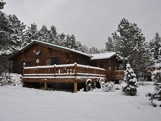 Beautiful Cabin, 3 Bdrm / 2 Ba