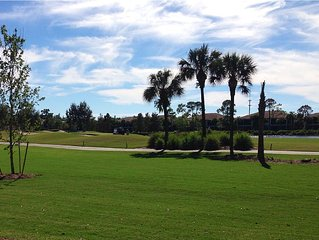 Beautiful 2BR In Pelican Sound - Golf, Tennis, & Beach Shuttle!