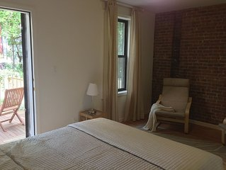 Hamilton Hts 1 bedroom guest suite with Garden View