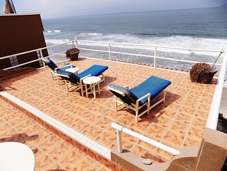 GORGEOUS BEACHFRONT HOME  Beautiful views, terrace and beach access. Sleeps 8+