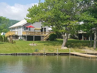 Incredible Family Getaway Home With Boat Dock