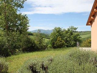 Romantic Apartment for Two in a Big Organic Farm Near Urbino