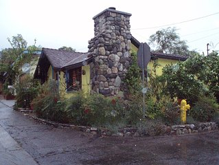 *Book Fall/Winter! Charming, rustic,  furnished, one bedroom