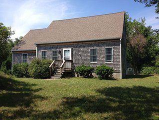Open & Bright, Clean & Comfy Home Close to the beach!