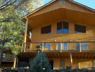 Large Lodge in the Gila Forest, excellent hunting location, pet friendly.