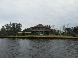 Best vacation home on the Jourdan River!!