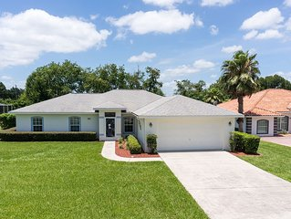 Comfortable 3 bed, 2 bath pool home in golf course community, Inverness Florida