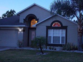 SPECIAL DEAL!! Luxury 4BR Villa-Games Room&Private Pool-15 Min to Disney Orlando