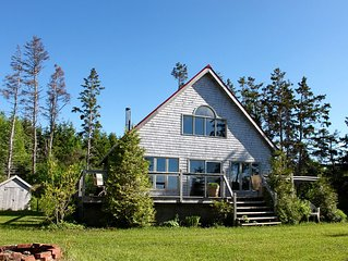 P.***. Winter Bay Cottage, Waterfront, Family-Friendly, 15 Min To Charlottetown