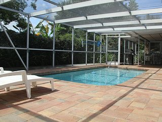 2 Bedroom Home With The Swimming Pool