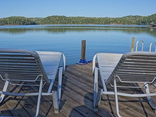 Quiet Water's Edge Cabin with great view, good swimming, boating, and fishing