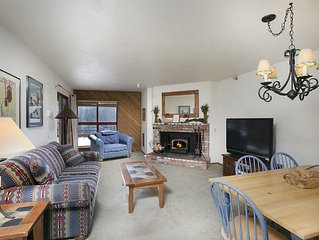 Cozy Condo Steps Away From the Lift Aspen Creek 1081