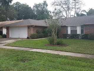3/2 HOUSE close to Disney, Beach, Orlando MCO, SFB, Lake Mary, I-4, Sanford