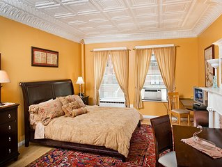 Cheery studio with king bed on upper west side Manhattan