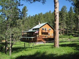 Secluded, Beautiful Blackhills Cabin, ATV trails on property, Sleeps 14